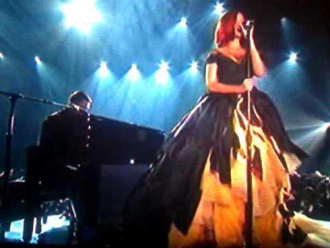 premios grammy eminem, dr.dre y rihana en vivo 13/02/11