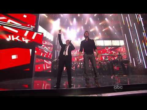 Enrique Iglesias Ft Pitbull - Tonight and I like it AMA awards 2010