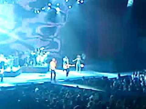 Enrique Iglesias - D?nde Est?n Coraz?n en vivo (Auditorio Nacional)