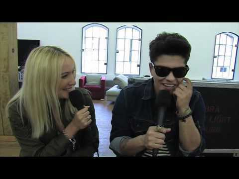 Bruno Mars im Interview mit BRAVO WebTV