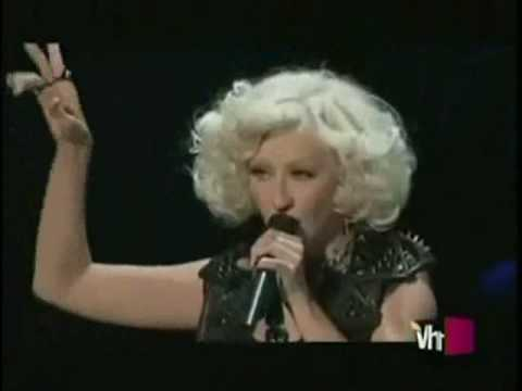 christina aguilera live bionic & not myself tonight  en vivo parte 1