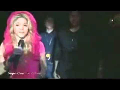 ROBO A SHAKIRA en VIVO _ MONTERREY MEXICO _ HQ Full _ Live News ! ! ! [www.bajaryoutube.com].flv