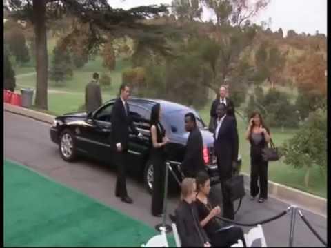 Michael Jackson ESTA VIVO, El Funeral era falso, ?Porque? www.mjestavivo.es.gd PARTE 11