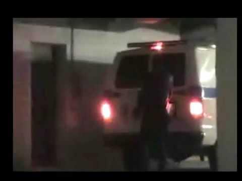 Michael Jackson ? vivo? filmato amatoriale di MJ che scende, DA VIVO, dal Van del Coroner!