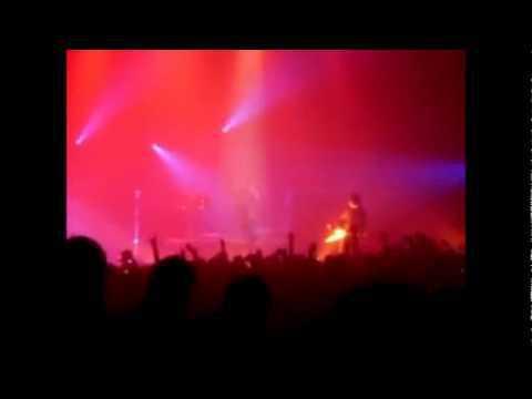 Marilyn Manson Hasta el fin del Mundo de Aleks Syntek en vivo
