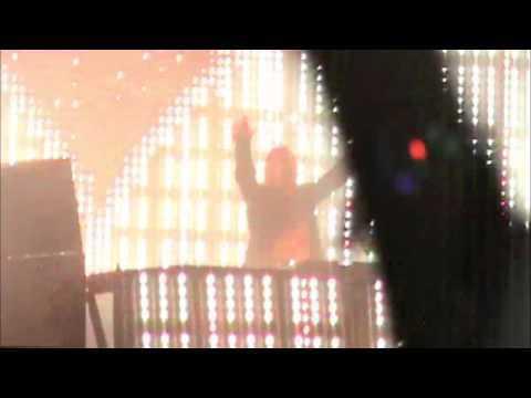 Black Eyed Peas & David Guetta- Ao Vivo- S?o Paulo- 04/11/2010- Parte 1