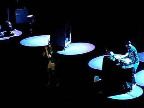 Abertura do show 30 Seconds To Mars - Juliana Barbosa feat. Dj Mateus B - VIVO RIO RJ 29/03/11