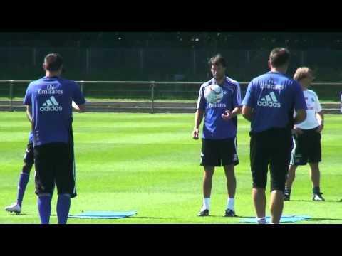 HSV: Armin Veh - erstes ?ffentliches Training