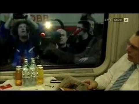 maschek. h?lt die ROMY-Laudatio f?r Armin Wolf
